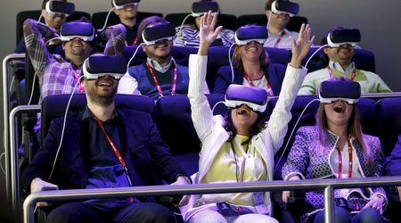 Samsung разработва самостоятелни очила за виртуална реалност