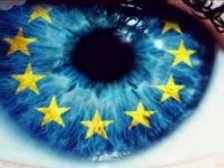 Politico: Сравнение между екипите на Юнкер и Фон дер Лайен