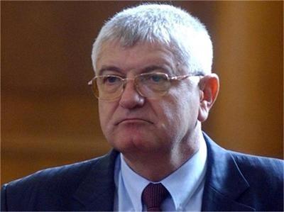 Петър Кънев: Бизнесът да не реже клона на доходите – вече няма кой да работи за 300 евро