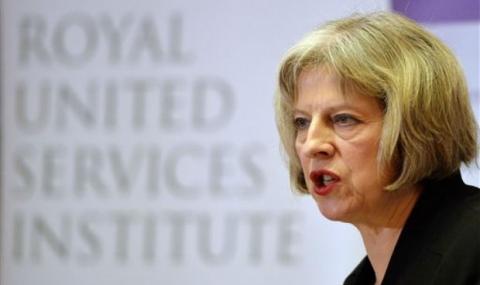 Новини Лондон: Тереза Мей призна, че е раздразнена от дебата за нейното лидерство