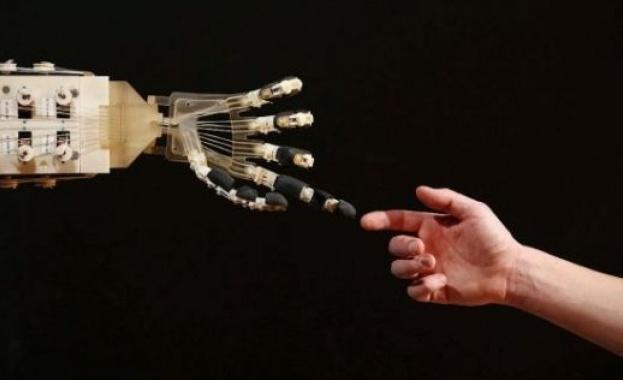"""Страх ни е от новите """"свръхчовешки"""" технологии"""