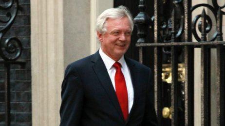 Правен хаос се задава за банките с наближаването на Брекзит