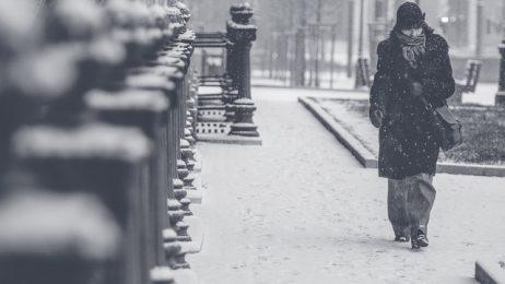 Снежна буря връхлетя Европа