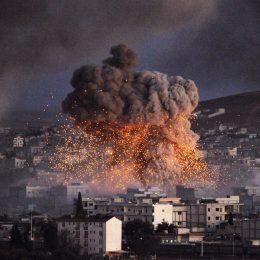 САЩ, Великобритания и Франция удариха с ракети Сирия