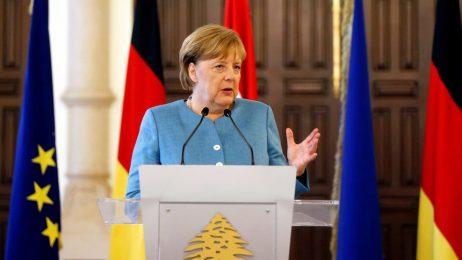 "Операция ""спасяването на Меркел"""