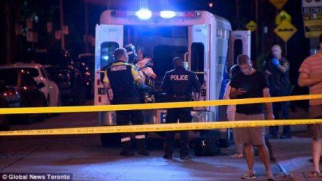 Двама са убити при снощната стрелба в Торонто
