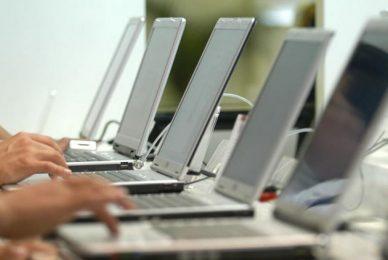 Пазарът на лаптопи с по-добра от очакваната динамика