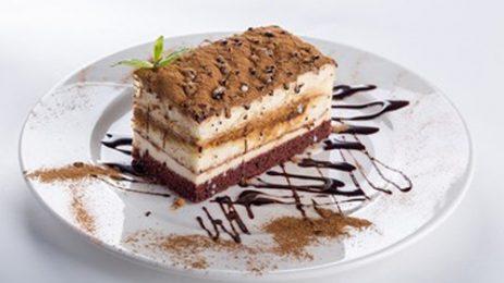 Учени намаляват с 40% захарта в тортите без да променят вкуса им