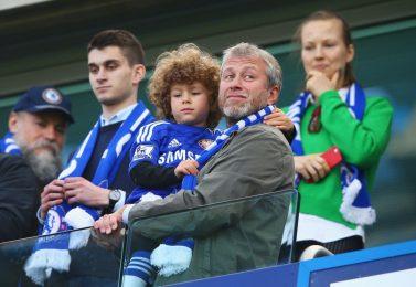 Изтече ли времето на Абрамович в Челси и Лондон?