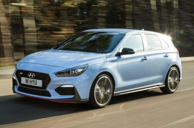 Hyundai i30N vs Type-R vs Megane RS vs Cupra R vs 308 GTi – DRAG RACE, ROLLING RACE, BRAKE TEST & REVIEW!
