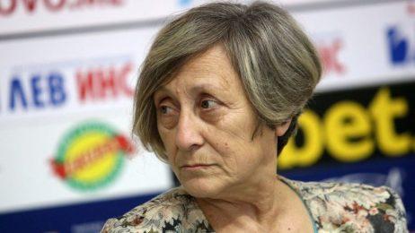 Нешка Робева предложи помощта си, ако Илиана Раева вложи малко разум