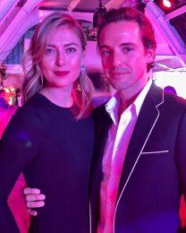 Мария Шарапова с дизайнерски годежен пръстен за 400 хиляди долара