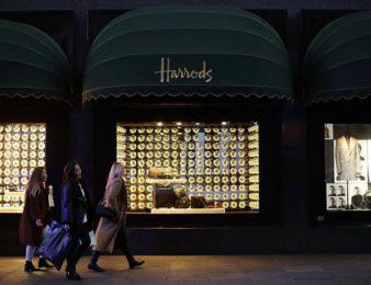 Разследват жена, похарчила 16 млн. паунда в известния лондонски магазин Harrods