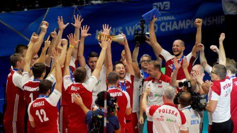 Полша отново покори световния връх във волейбола