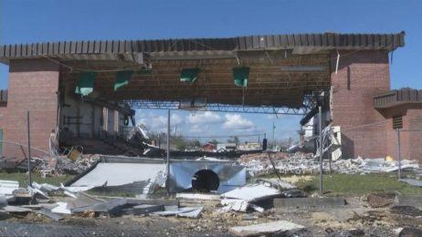 """Равносметката след урагана """"Майкъл"""": Най-малко седем загинали, хиляди домакинства без ток"""