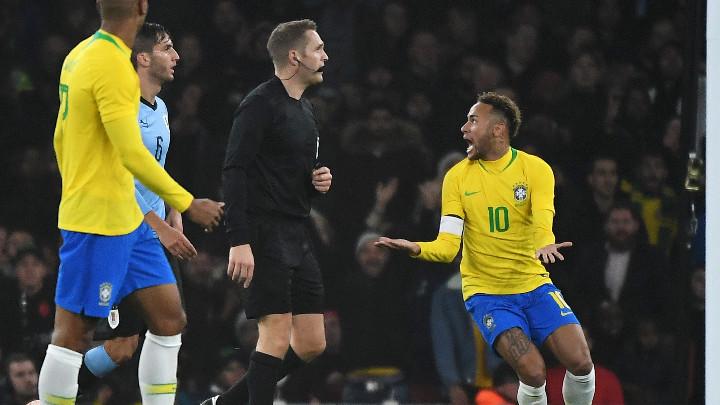 Неймар носи нова победа на Бразилия