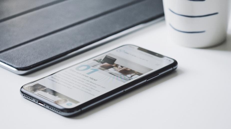 Apple призна за проблеми с iPhone X