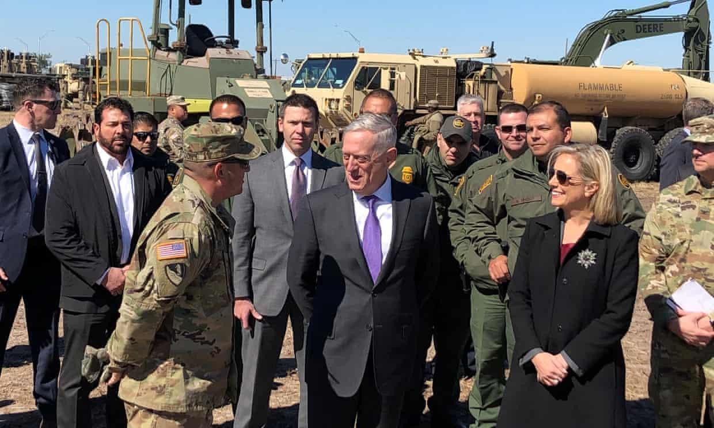 Министърът на отбраната на САЩ защити разполагането на хиляди войници по границата с Мексико
