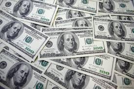 Доларът удари 16-месечен връх заради Брекзит