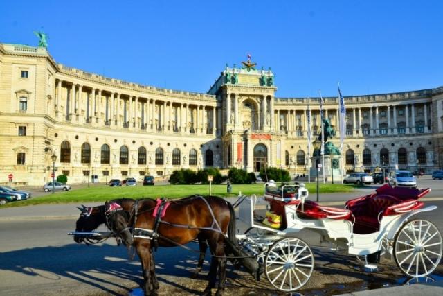 Външните министри на Австрия и Русия обсъдиха дело за шпионаж