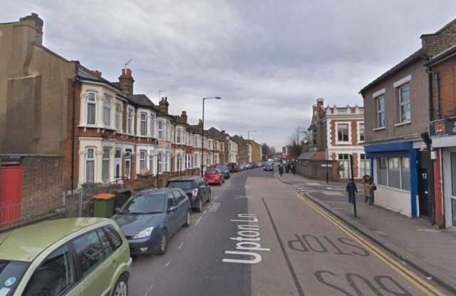 Ужасяващо нападение в Лондон, мъж се бори за живота си