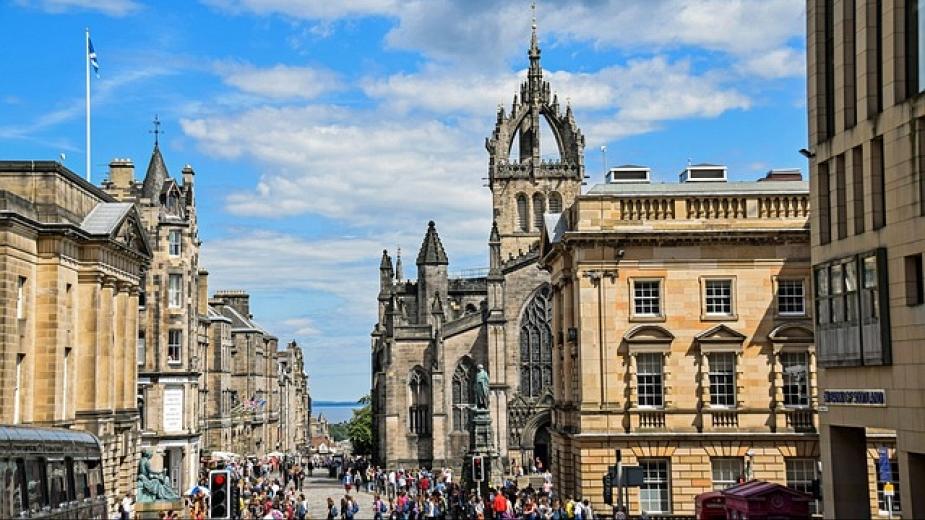 Единбург може да въведе туристическа такса от £2