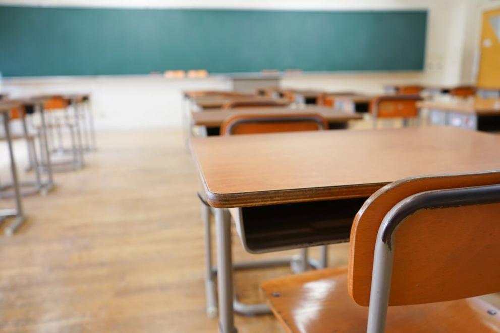 В 419 училища и детски градини в страната няма занятия