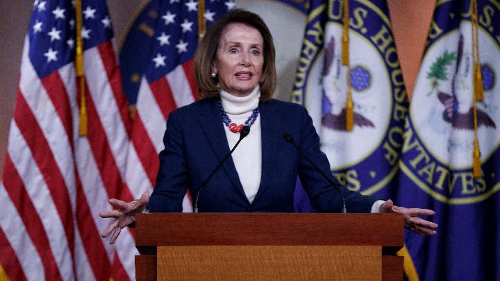 Тръмп отмени пътуване на Нанси Пелоси