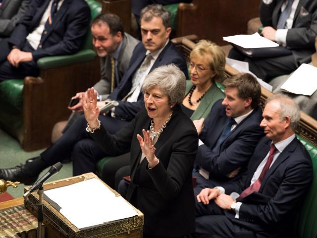 Тереза Мей дава оставка в замяна на подкрепа за сделката й за Брекзит