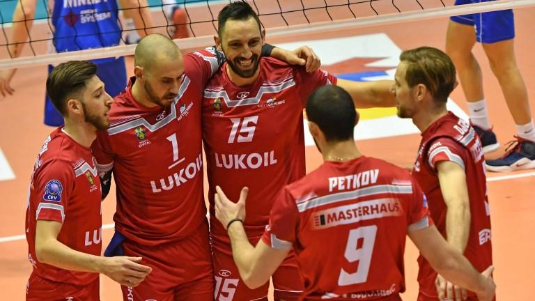 Нефтохимик не даде шанс на ЦСКА и гледа към финала