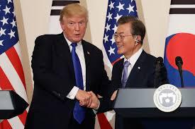 Тръмп и южнокорейският президент подчертаха важността на дипломацията по въпроса със Северна Корея