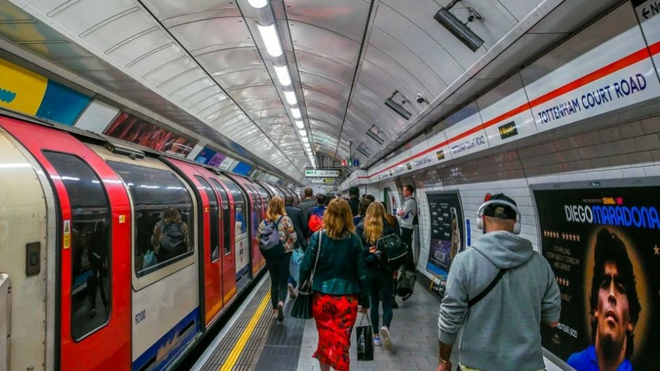 How Warm Is A Tube Train In Winter?
