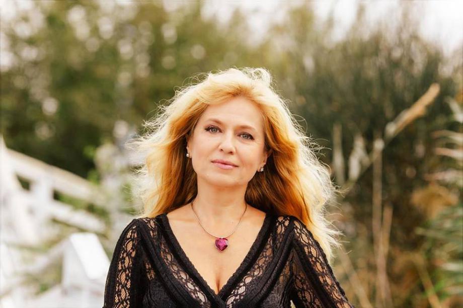 Мадлен Алгафари: Сърцето е адресната регистрация на чувствата
