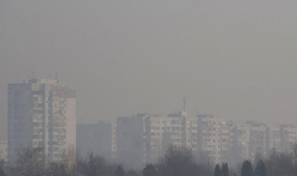 Мръсен въздух задушава София