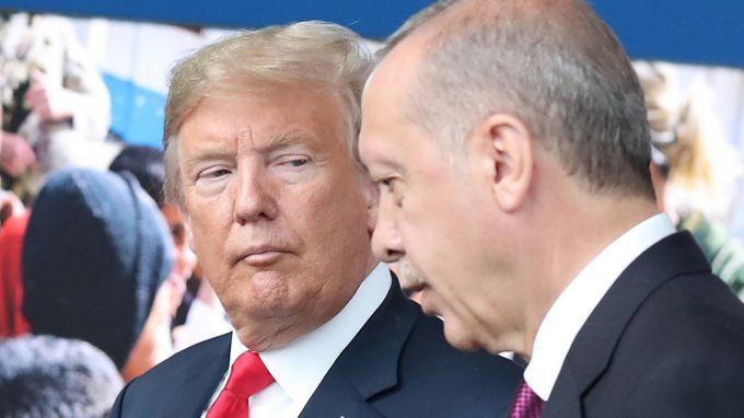 Републиканци и демократи заплашват Турция с нови санкции