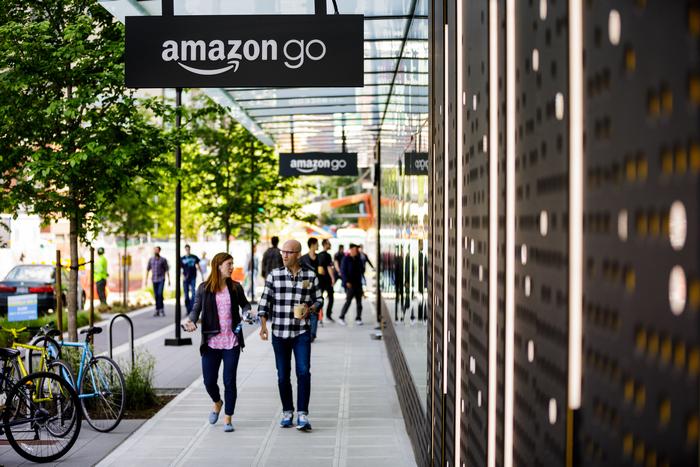 Amazon разработва метод за плащания с длан