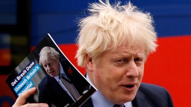 Законодателен пинг-понг за Брекзит на Острова