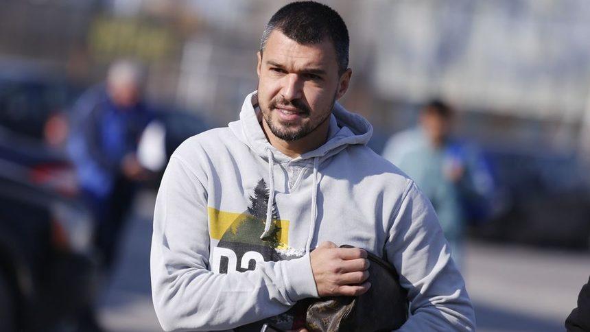 Втородивизионен клуб от Италия е 16-ият отбор в кариерата на Валери Божинов