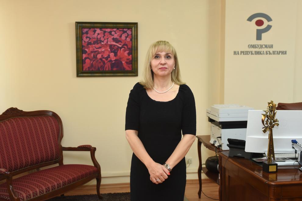 Омбудсманът Диана Ковачева поиска да отпаднат таксите за частните детски градини в периода на извънредното положение