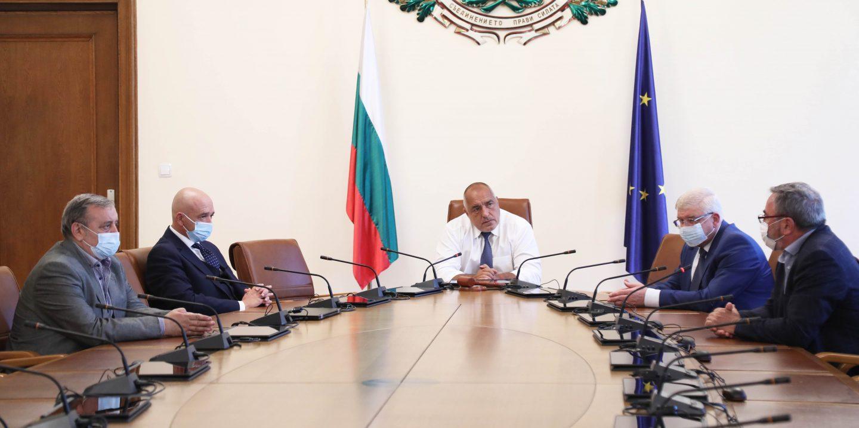 Премиерът Борисов проведе работно заседание с Националния оперативен щаб и министъра на здравеопазването
