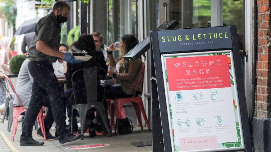 Лондон обсъжда въвеждане на ваучери в помощ на икономиката