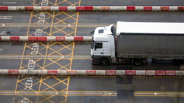 Brexit се превръща в кошмар за товарните превозвачи