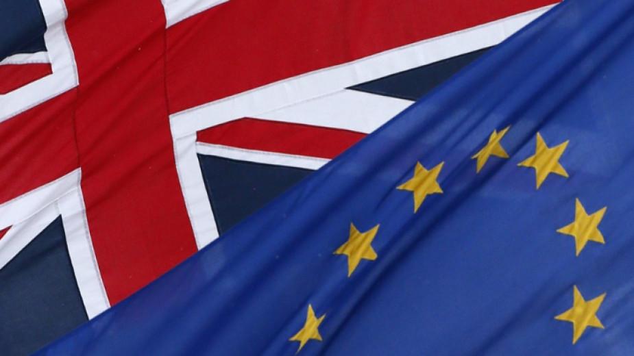 Среща на ЕС и Великобритания по спора за износа на Covid ваксини